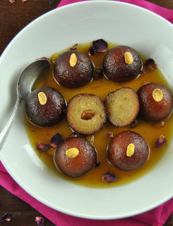 Gulab jamun (Indian syrupy donuts)