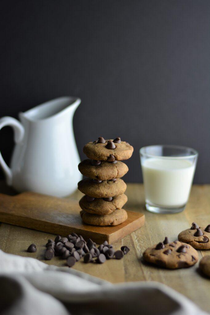 Sugar free vegan chocolate chip cookies